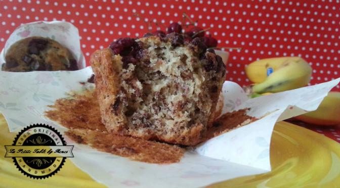 Muffini sa bananama, visnjama i komadicima cokolade